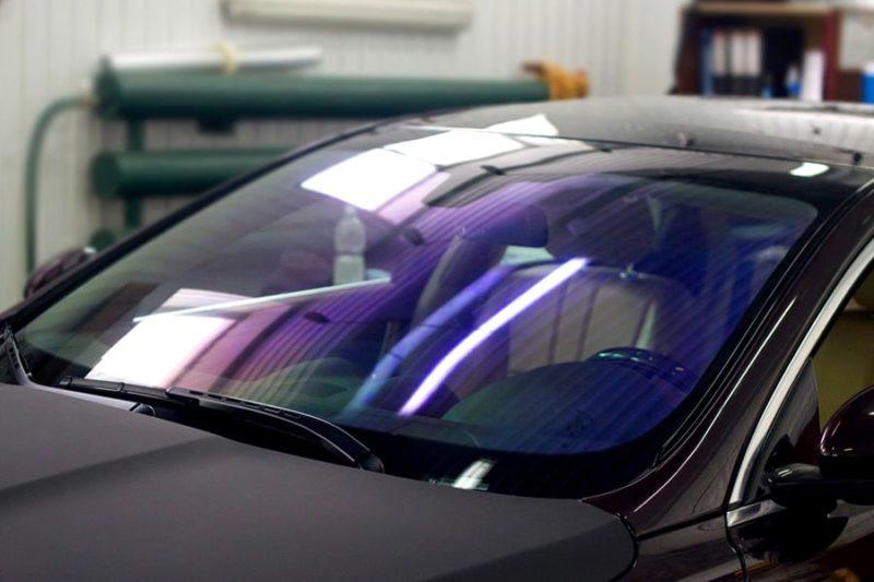 Атермальная пленка UltarVision на лобовое стекло