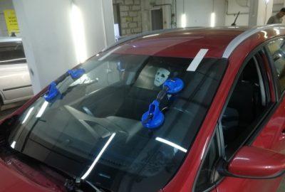 Цена риска: Опасность самостоятельной замены лобового стекла на авто